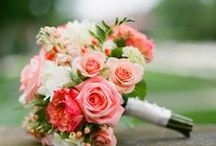 Wedding flowers / Lovely eco-friendly wedding blooms + inspirational flower designs.