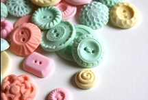 Button Love / by Collette @ Noodlefish Crafts