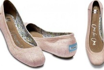 Wedding shoes / Lovely, eco-minded wedding shoes for the big day.