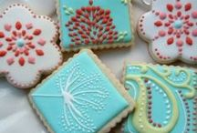 Decorating treats / Fun ways to decorate cookies, cakes and cupcakes