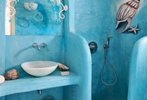 Future Place - Bathroom / by Michelle Wilfong