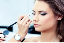 Hiring a Wedding Makeup Artist