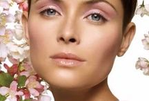 Hide Skin Flaws with Wedding Makeup