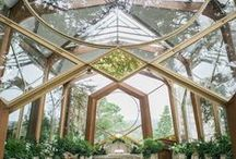 Earthy Wedding Venues / Outdoor wedding venues that incorporate the beauty of nature into your wedding ceremony.