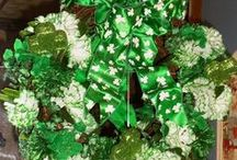 St. Patrick's Day Decor and Crafts!! / I love to decorate for all Holidays and this board showcases some great St. Patrick's Day decor and craft ideas!!