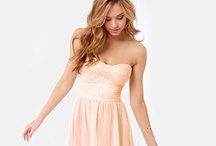 All Dolled Up: Party Dresses / by HOVR.IT