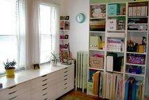 Craft Room / Craft room inspirations and ideas for scrapbooking and sewing! Lots of ideas for organization too!