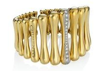 CHIMENTO Bamboo collections / In 2001 CHIMENTO interprets the Bamboo shape in a collection of gold pieces, right away appreciated for their quality. The core element, successful symbol of the company's DNA, relives today in wonderful, innovative jewels.
