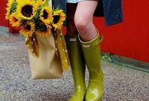 Dámský šatník. Na zahradu stylově! / I sekaní trávy či pletí záhonku se stane radosti díky vychytaným pomuckám a oblečení. Zahodujte svým vztříbeným vkusem, který jde jistě v ruce s produkty, které jsme pro vas vybrali.