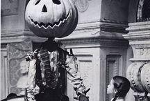 Halloweenie / by Mia Sundberg