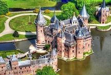 Architecture: Castles, Palaces, & Mansions / castles, palaces, and mansions from every corner of the globe