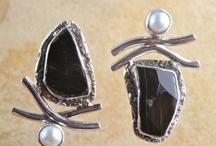 Earrings Silver / Stone by Shelly Birch / Silver earrings from the stone line by designer Shelly Birch