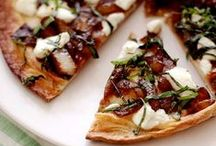 Flatbread Heaven / Pizza and flatbread ideas