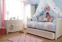 Girl Room Ideas / by Rachel Crossley
