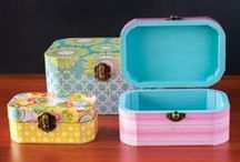Painted wooden boxes / by Irene Jorba
