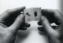 Minimum [Miniature editions] / Ediciones liliputienses, libros en miniatura y todo lo reducido a la mínima expresión/tamaño / by Nanoediciones