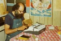 Tac-tac-tac... [Typewriters] / Máquinas de escribir. La oficina Vintage / by Nanoediciones
