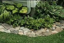 Front Flower Bed Inspiration / by Jayna Prater