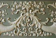 Decorazioni e stucchi / disegni e immagini di decorazioni murarie e lignee