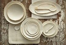 Ceramica vasellame / Piatti, tazze, bicchieri e vassoi in ceramica