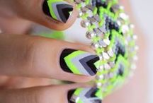 nails to do :) / by Maja Peric