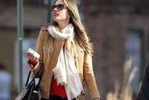 Only street style. / by Soledad Calabuig