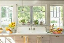 Home: Kitchens / by Gracie Wallace