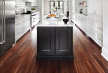 Kitchen / by Crystal Cusimano