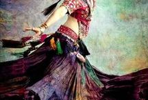 Bellydance / by Janelle East