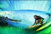 Riding waves / Beautiful Photography of Surfing
