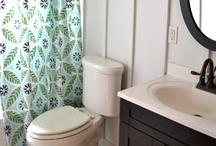 Bathrooms / by Robyn Jensen