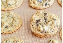 FOOD ~ COOKIES / Awesome Cookies for everyone :)  ( Thank you for sharing your pins so I can repin them ) / by TxWldMomE