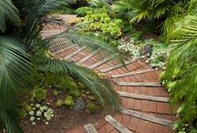 Garden Living / ...  garden rooms, garden retreats, landscape ideas and features, fountains, ponds ... little bits of paradise ...