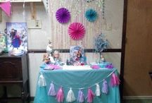 Arabella's 4th Bday / Arabella's 4th bday party in everything FROZEN!!!!!! / by 🎀Katelyn Jordan🎀