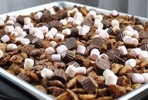 Mmmmm-Snacks / by Karen Nolte