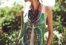 Eco Clothing DIY Inspiration / Inspiration for DIY slow fashion projects that are made with sustainable textiles