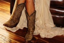 Country Chic / by Breanna Lemler