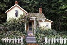 Home Exterior / by Jessie Cosby