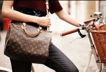 FASHION :: bag it / by Erin Lipman