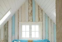 Recycle Beds, Headboards / by Roxanne Peterson