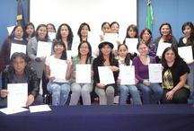 Entrega de reconocimientos a becarios de h@bitat por parte de Casa Telmex