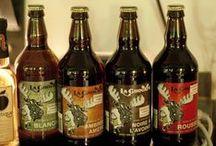 Microbrasseries / Our microbreweries / Les microbrasseries du Saguenay–Lac-Saint-Jean produisent plus de 40 bières artisanales au goût unique. Il y en a pour tous les goûts! / More than 40 different beers are brewed here. There's something for everyone!