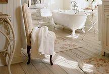 Bathroom Decor / by Natalya Hoak