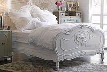 Bedroom Decor / by Natalya Hoak