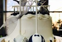 Bridal customcakebites / Elegant and bridal cake pops from Customcakebites. Cakes, favors and more! All images/my work
