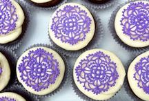 Icing designs / Get creative and learn some icing skills with these lovely ideas and steps.....