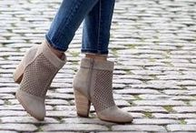 10 Ways To Wear Ankle Boots This Season / www.stylehuntercollective.com.au · A comprehensive style directory of designers and on-line boutiques, accessories, hair & beauty stylists, and skincare. Latest trends, what's hot #SHCollective