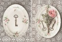 Vintage Crockery Ideas / ....beautiful things and ideas about what do with old vintage crockery. Let's have a tea party! Let's decorate! Let's enjoy the bauty of old vintage china.