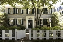 Home & Garden / Beautiful Homes and Simple Gardens