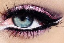 Amazing Eyes / by Carlye Godfrey